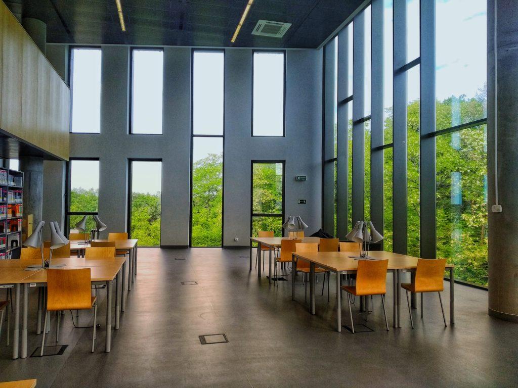 Zielona Gora library